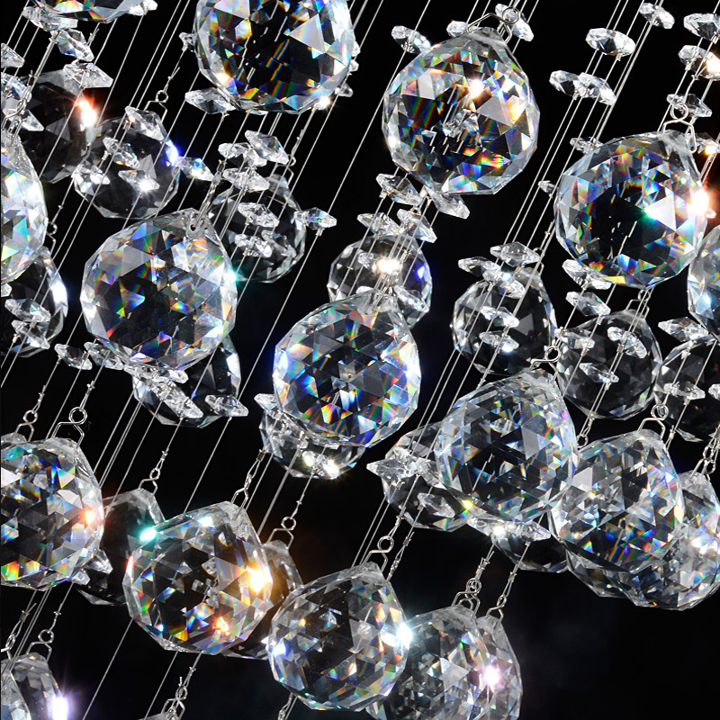 Vẻ đẹp rạng ngời của đèn chùm pha lê cho không gian nội thất thêm quyến rũ và thơ mộng